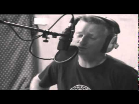 Billy Bragg - Sing Their Souls Back Home