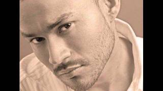 Watch Frankie J Quien video