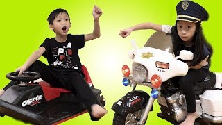 Pretend Play Police Chase NEW POWER WHEELS Ride on Car Wild Driver