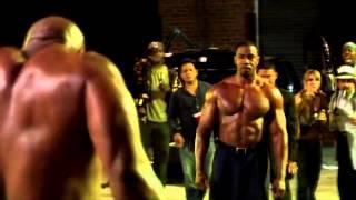 Michael Jai White Pelea contra Martillo Man Promesa sangrienta Blood and Bone