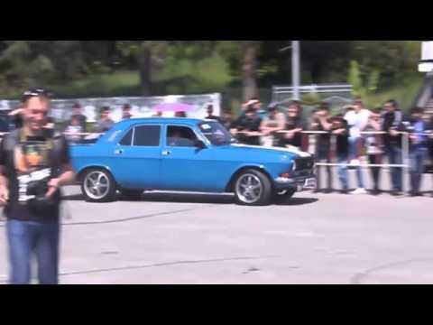 Старенький советский автомобиль