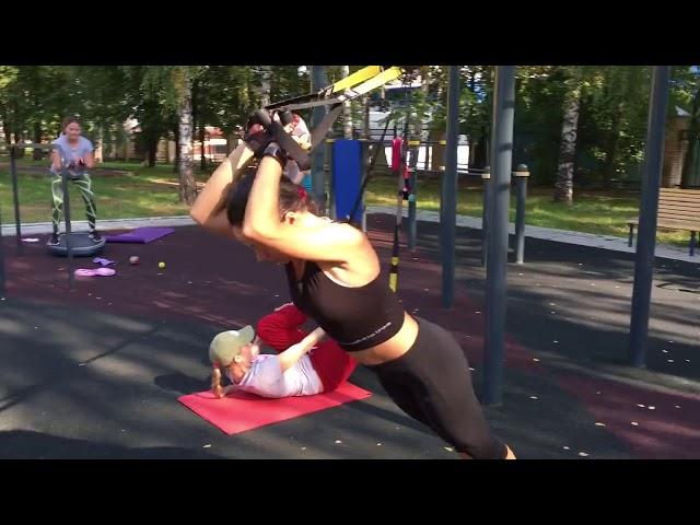Фитнес мама - тренировки для мам. Прямо при детях