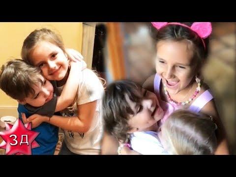 ДЕТИ ПУГАЧЕВОЙ И ГАЛКИНА: Лиза и Гарри встречают Клаву Земцову! Юрмала, август 2017