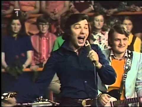 Karel Gott - Tleskám vám (1974)