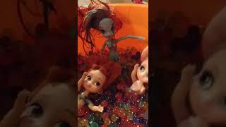 Annya,elsya and rainbow dash in orbeez bucket🙂