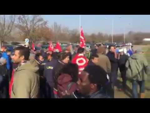 27/01/2017 - Aldo Libero! Presidio sotto il carcere di Modena 1