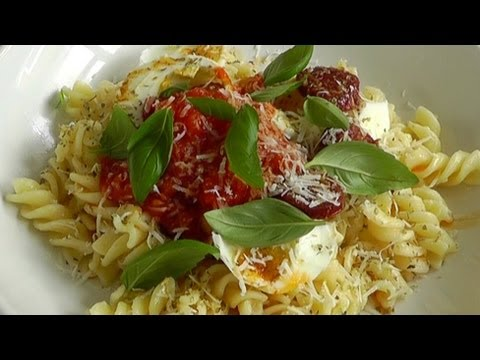Pasta & Home Made Tomato Sauce – Easy Recipe How to make
