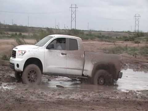 Lifted Toyota Tundra 4x4 mudding (in 2wd)