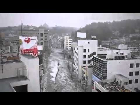 Amazing Power Of Japanese Tsunami Caught On Video 15