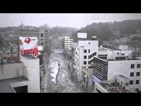 Amazing Power Of Japanese Tsunami Caught On Video 15