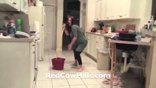 Pregnant Lady Twerks til her water breaks TOO FUNNY