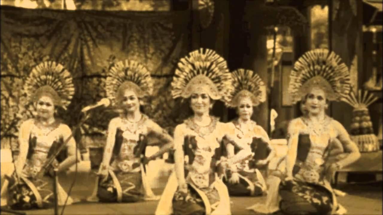 tari JANGER BALI INDONESIA (танцевальный жук Бали ...