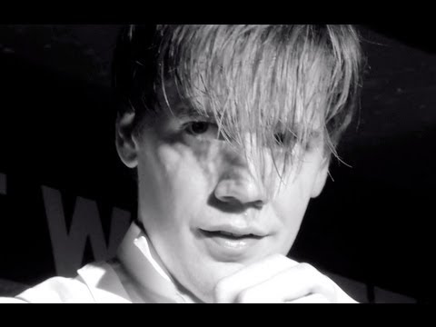 The Hives - &quot;Tick Tick Boom&quot; live in New York