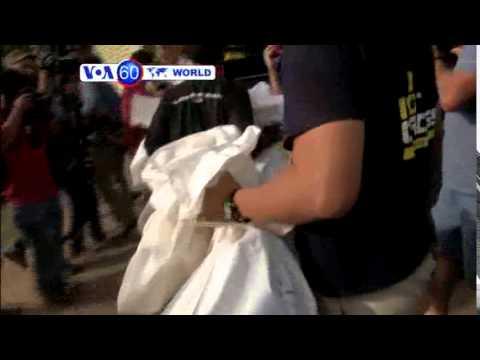 VOA60 Duniya: Dubban Mutanen Garin Ramadi Na Guduwa Baghdad, Mayu 25, 2015