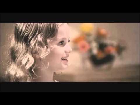 Omana Thinkal Kidavo - Sophia in Spanish Masala