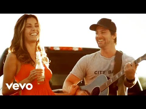 Kip Moore - Somethin' 'bout A Truck video