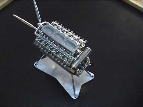El motor V-12 ms pequeo del mundo.(Smallest V-12 engine of the world)