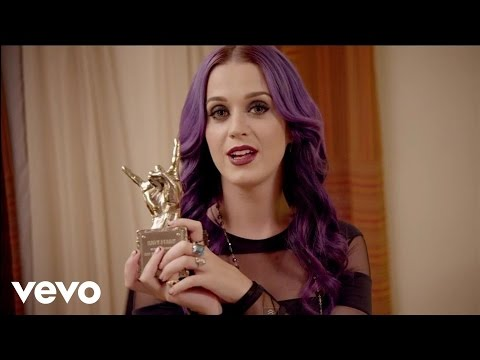 Katy Perry - #VevoCertified Pt. 1: Award Presentation