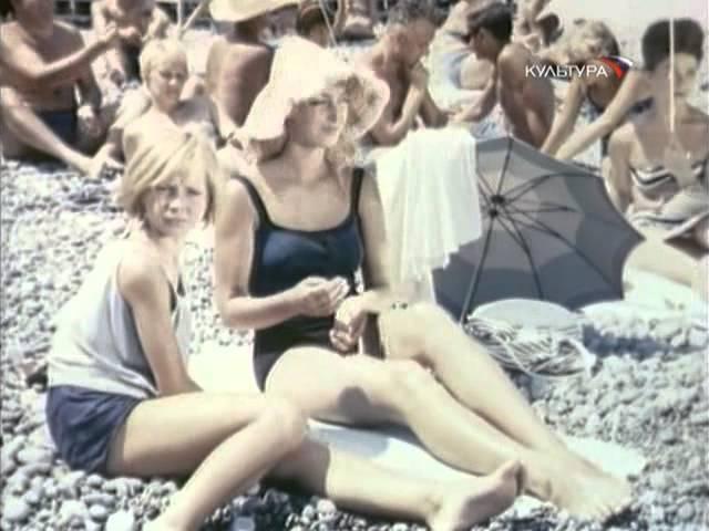Влюблённость девочки-подростка в фильме Дубравка (1967) девочка