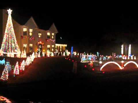 BEST Christmas Synchronized Light Show Music Videos