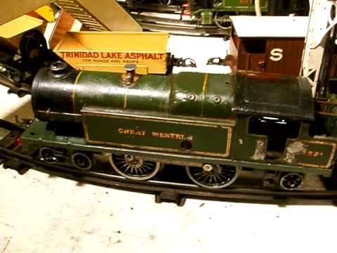 HORNBY O GAUGE CLOCKWORK NUMBER 2 SPECIAL LOCOMOTIVE AND TRAIN