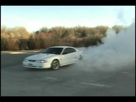 97 Ford Mustang GT Thanksgiving Day Burnout # 1