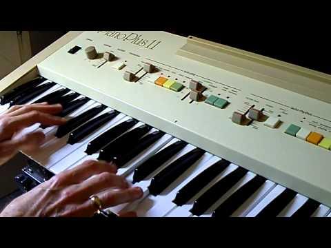 Vintage Roland EP-11 piano plus demos