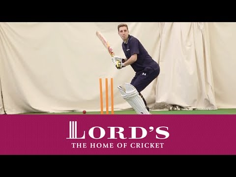Premier League star Michael Dawson nets with Stuart Broad