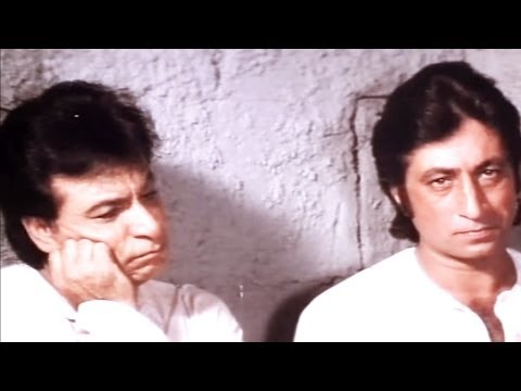Kadar Khan Shakti Kapoor in Jail-  Baap Numbri Beta Dus Numbri...