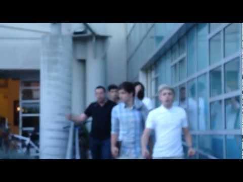 One Direction in LA April 3, 2012. Zayn Malik speaking Urdu Hindi Punjabi
