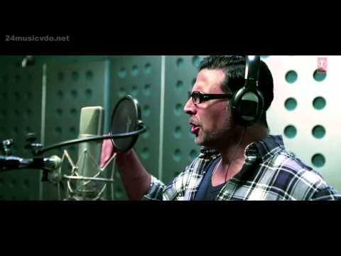 Muj Main Tu, Akshay Kumar singing the song Hd Special 26