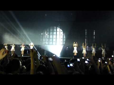 "Beyoncé - ""Run The World (Girls)"", Live in Zagreb, Mrs. Carter World Tour, 17. 04. 2013"