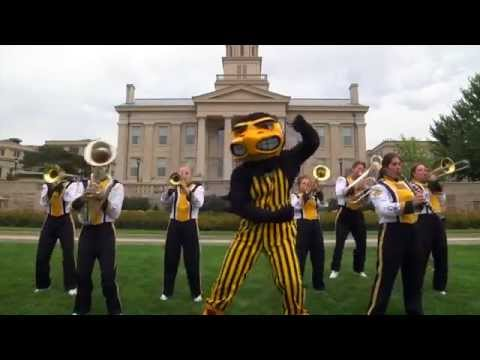 "B1G Mascots ""Shake It Off"" Parody 2014"