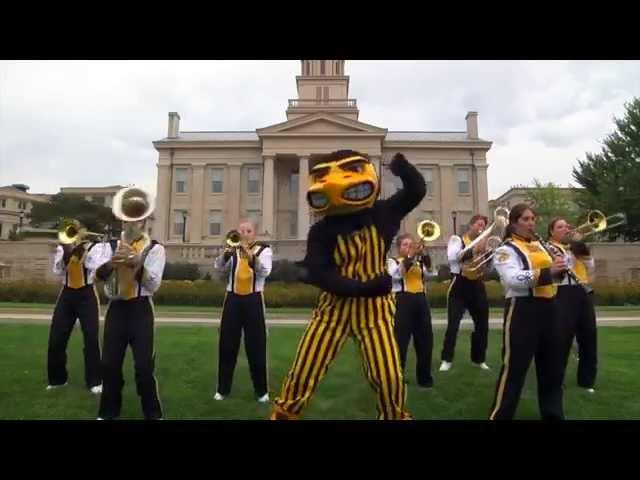 "B1G Mascots ""Shake It Off"" Parody 2014"