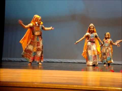 Arya Dance Spring Show- Ban Than Chali video