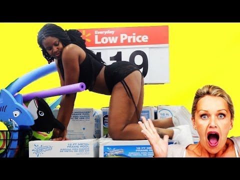Random Twerking: Ratchet Girls Twerk In Public! #iTwerk