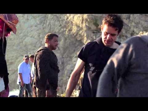 'Cloud Atlas' - Behind-the-Scene Blu-Ray/DVD Clip - Tom Hanks - The Wachowskis