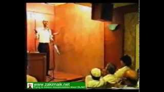 Zakir Naik Q&A-124  |   What should Muslims do if they have money earned from intrest