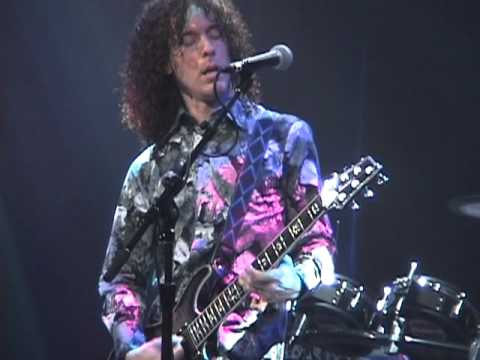 Marty Friedman shredding