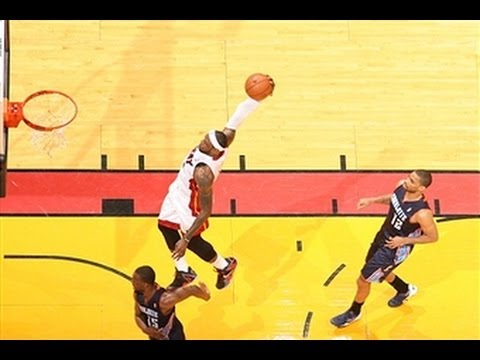 LeBron James Gets the Steal and Throws Down his Signature Tomahawk!