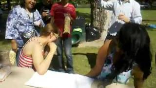 Chicks Arm Wrestling fail