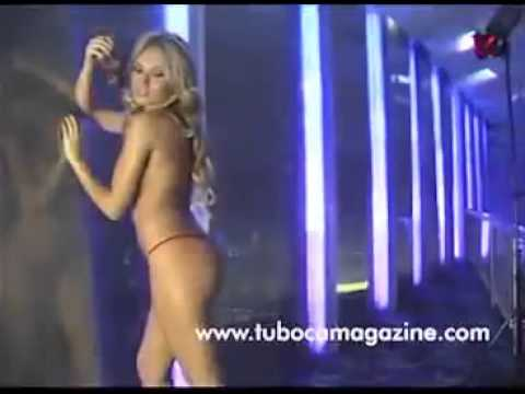 Vídeo de Sara Uribe desnuda (Sin ropa) - solo para adultos