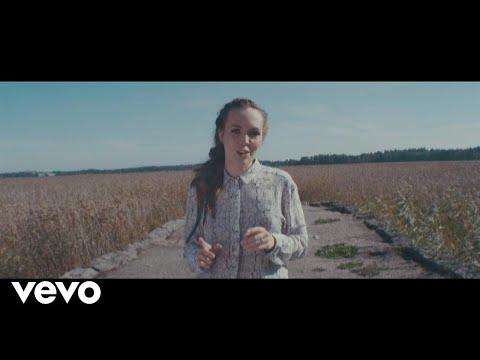 Aurora Feat. Juju - Kulkijan Laulu video