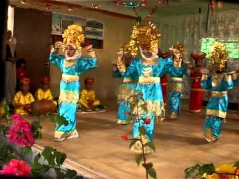 Tari Piring, Sumatera Barat video