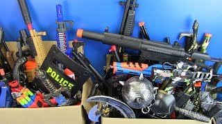 Box of Full Toys Guns Toy & Equipment Military Toys for Kids - 3/2
