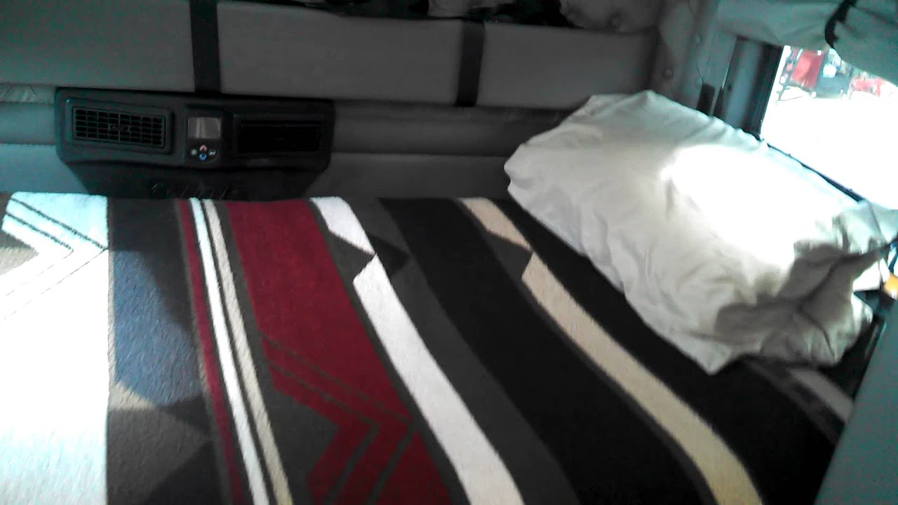 Volvo  Bed Size