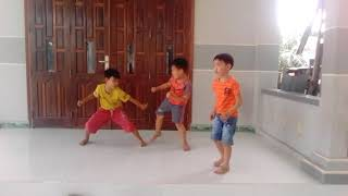 Các trẻ trâu mê đánh nhau