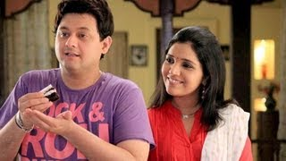 Swapnil Joshi Reveals About His Onscreen Chemistry With Mukta Barve [HD]