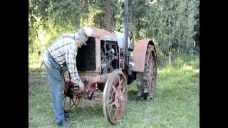 Starting a 1930 McCormick Deering 10-20 tractor