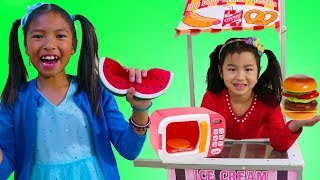 Jannie & Wendy Pretend Play w/ Magic Microwave Pretend Squishy Food Kids Toys